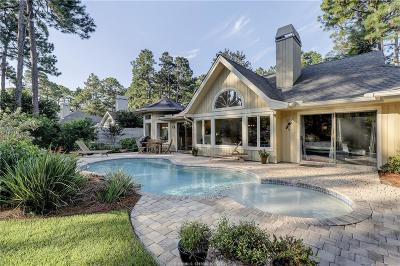 Beaufort County Single Family Home For Sale: 10 Windy Cove Court