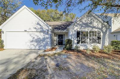 Single Family Home For Sale: 420 Live Oak Walk