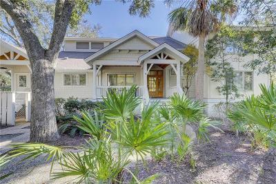 Single Family Home For Sale: 4 Junket