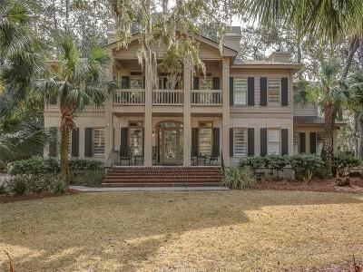 Single Family Home For Sale: 2 Red Oak Road