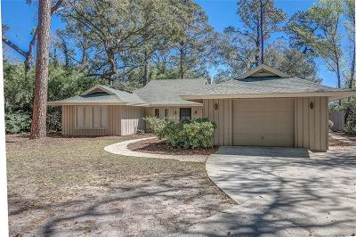 Beaufort County Single Family Home For Sale: 1 Magnolia Cresent Road