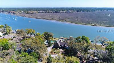 Beaufort County Single Family Home For Sale: 2 Widewater Road