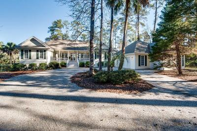 Single Family Home For Sale: 11 River Bend Drive