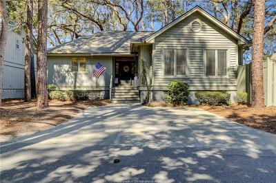 Single Family Home For Sale: 25 Wildwood Road
