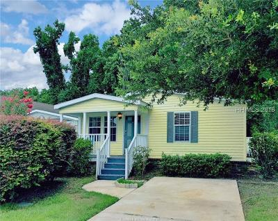 Single Family Home For Sale: 42 Pine Forest Drive