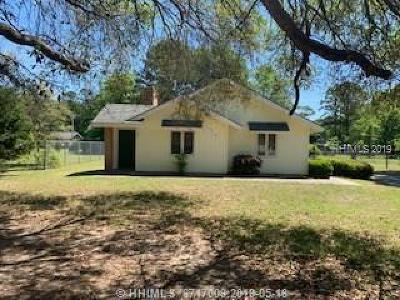 Beaufort County Single Family Home For Sale: 42 Lake View Court