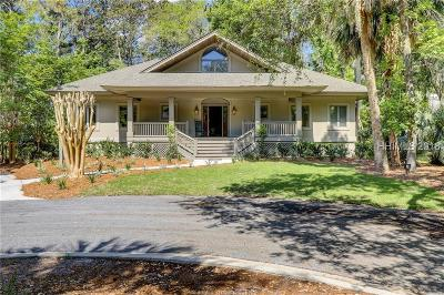Beaufort County Single Family Home For Sale: 8 Cottage Court