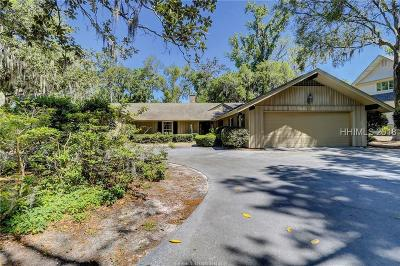 Beaufort County Single Family Home For Sale: 28 Willow Oak Road W
