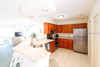 Hilton Head Island Condo/Townhouse For Sale: 100 Colonnade Road #160