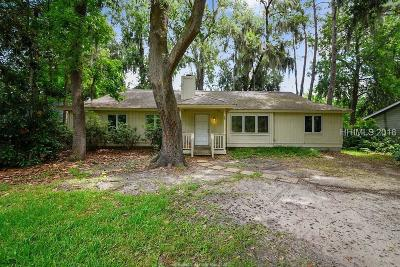 Bluffton Single Family Home For Sale: 16 Baywood Drive