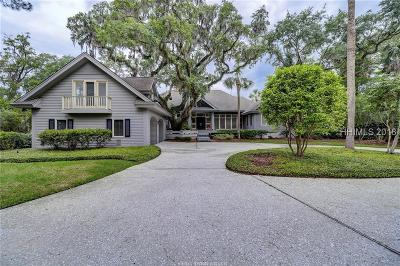 Beaufort County Single Family Home For Sale: 13 Peninsula Drive