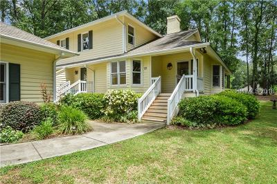 Beaufort County Single Family Home For Sale: 53 Heron Walk