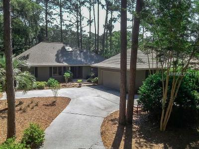 Beaufort County Single Family Home For Sale: 90 Club Course Drive