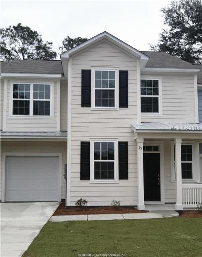 Bluffton Single Family Home For Sale: 8 Buckhorn Street
