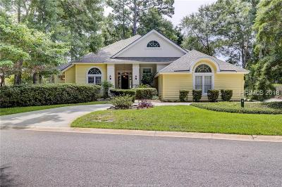 Beaufort County Single Family Home For Sale: 4 Chantilly Lane