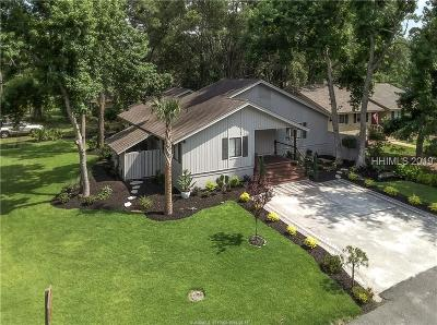 Beaufort County Single Family Home For Sale: 1 Fawn Lane