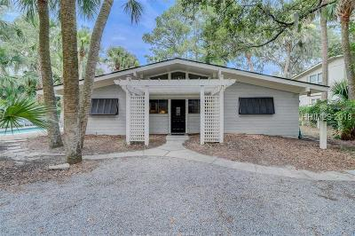 Hilton Head Island Single Family Home For Sale: 3 Dogwood Lane