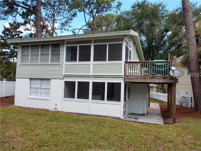 Hilton Head Island Single Family Home For Sale: 10 Periwinkle Court