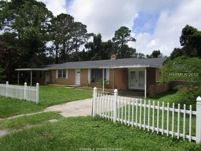 Saint Helena Island Single Family Home For Sale: 444 Seaside Road