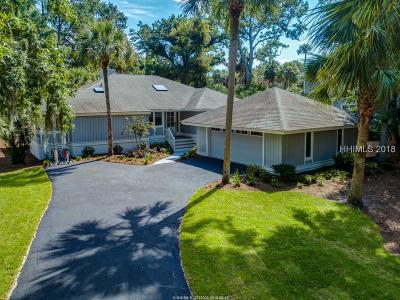 Beaufort County Single Family Home For Sale: 14 Heath Drive