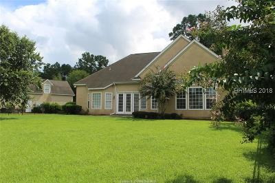 Bluffton Single Family Home For Sale: 1 Meadowlawn Lane