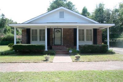 Jasper County Single Family Home For Sale: 8026 E Main Street