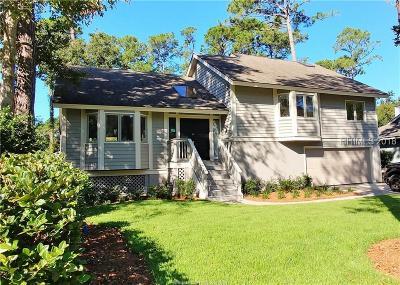 Beaufort County Single Family Home For Sale: 3 Beaver Lane