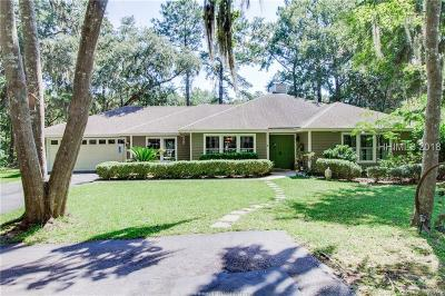 Beaufort County Single Family Home For Sale: 2 Wood Eden Court