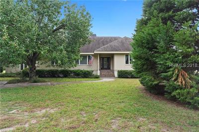 Estate Side Single Family Home For Sale: 5 Fox Meadow