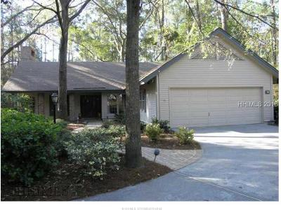 Hilton Head Island Single Family Home For Sale: 19 Herring Gull Lane N