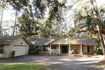 Beaufort County Single Family Home For Sale: 10 Willow Oak Road