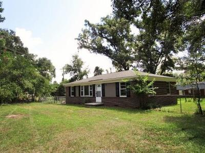 Lady's Island Single Family Home For Sale: 7 Ferry Drive