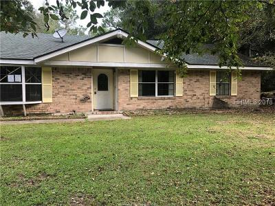 Beaufort County Single Family Home For Sale: 12 Buck Road