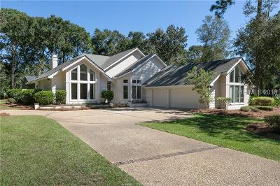 Beaufort County Single Family Home For Sale: 18 Wedgefield Drive