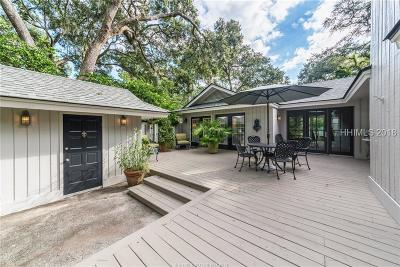 Hilton Head Island Single Family Home For Sale: 2 Dewberry Lane