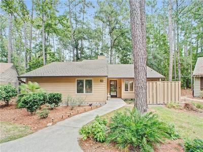 Hilton Head Island Single Family Home For Sale: 32 Fernwood Court
