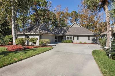 Beaufort County Single Family Home For Sale: 21 Ellenita Drive