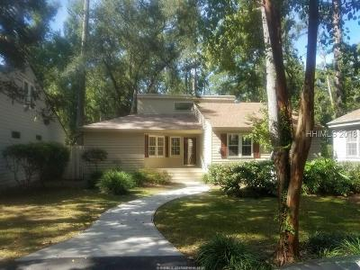 Hilton Head Island Single Family Home For Sale: 2 Fernwood Trail