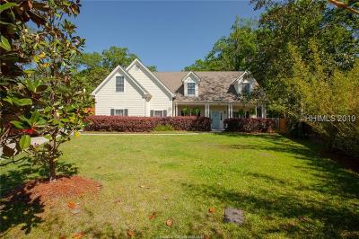 Ridgeland Single Family Home For Sale: 33 Carriage Way