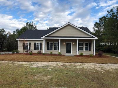 Ridgeland Single Family Home For Sale: 201 Oak Plantation Drive