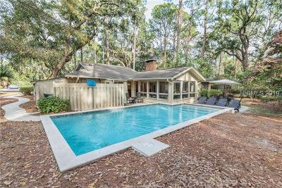 Hilton Head Island Single Family Home For Sale: 15 Old Military Rd
