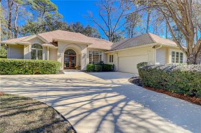 Hilton Head Island Single Family Home For Sale: 14 Fairlawn Court