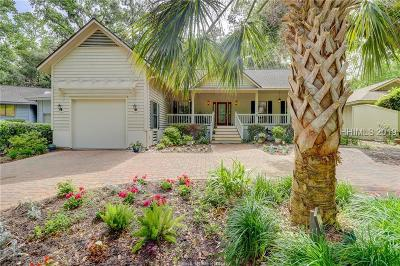 Beaufort County Single Family Home For Sale: 4 Sweet Gum Ln