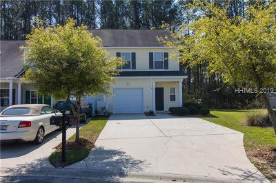 Bluffton Single Family Home For Sale: 16 Running Oak Drive