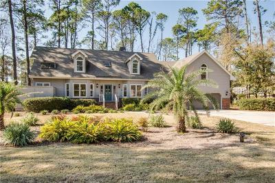 Hilton Head Island Single Family Home For Sale: 13 Fairlawn Court