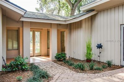 Hilton Head Island Single Family Home For Sale: 9 Red Maple Road