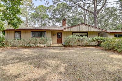 Hilton Head Island Single Family Home For Sale: 17 Coquina Road