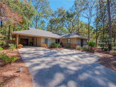 Single Family Home For Sale: 32 Forest Drive