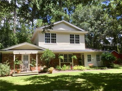Single Family Home For Sale: 1 Pine Island Road