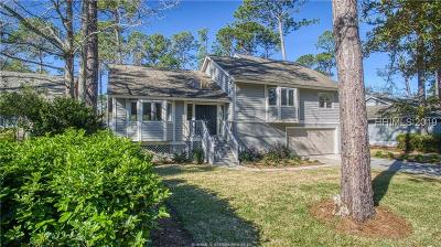 Beaufort County Single Family Home For Sale: 3 Beaver Lane